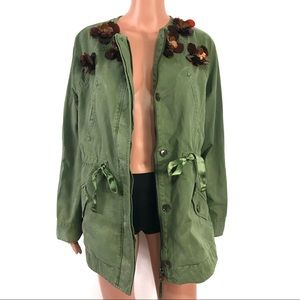 Banana Republic Army Green w/ Floral Appliques Med